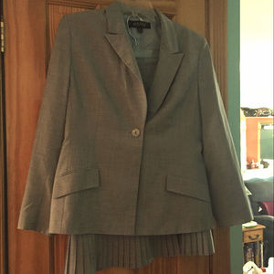 Kasper 12 Petite Skirt Suit Set Light Blue